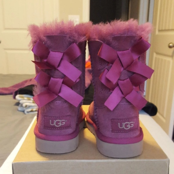 9293cbe6e1e Bailey Bow Toddler Ugg Boots